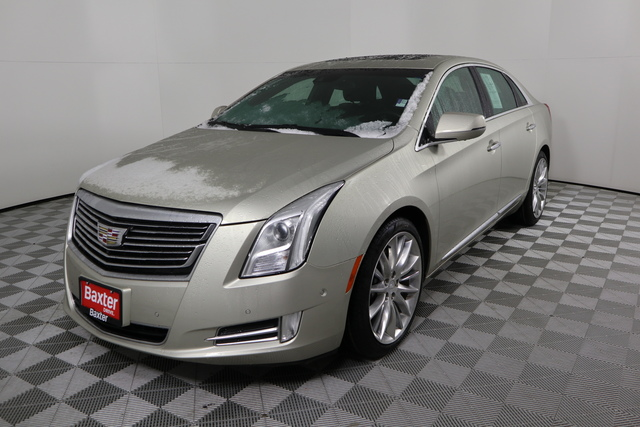 Pre-Owned 2016 Cadillac XTS 4dr Sdn Platinum FWD