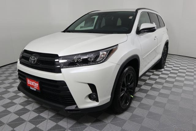 New 2019 Toyota Highlander For Sale Clinton Ia 5tdjzrfh0ks929228