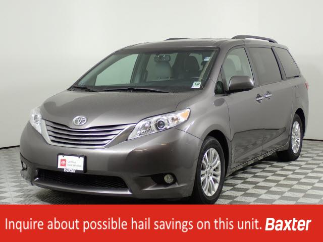 Pre-Owned 2017 Toyota Sienna XLE Premium FWD 8-Passenger