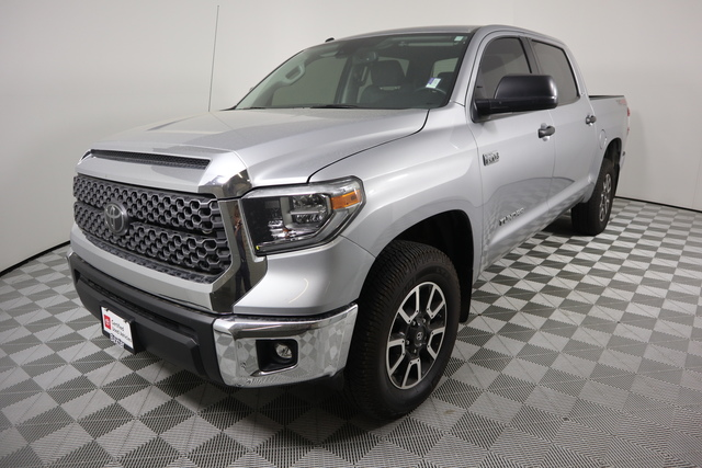 Certified Pre-Owned 2018 Toyota Tundra 4WD SR5 CrewMax 5.5' Bed 5.7L