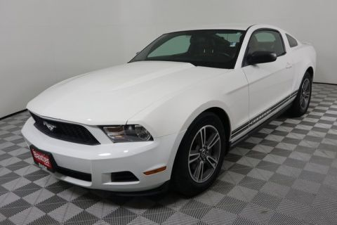 Pre-Owned 2010 Ford Mustang 2dr Cpe V6 Premium