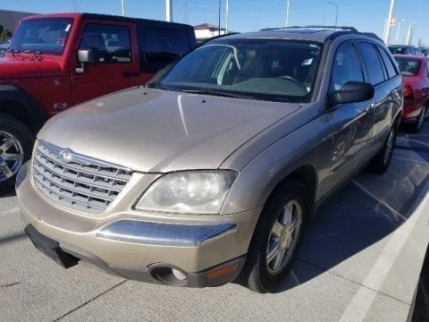 Pre-Owned 2005 Chrysler Pacifica Touring