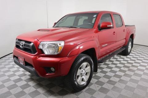 Certified Pre-Owned 2015 Toyota Tacoma 4WD Double Cab V6 AT