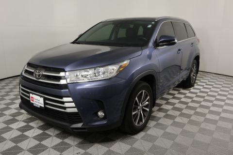 Certified Pre-Owned 2017 Toyota Highlander XLE V6 AWD