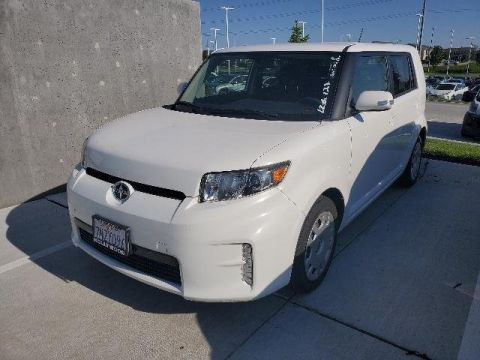 Pre-Owned 2015 Scion xB 5dr Wgn Auto (Natl)